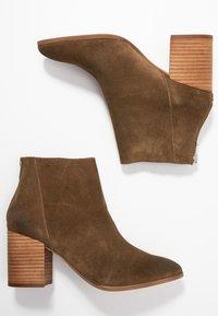 Steve Madden - JAMESIE - Ankle boots - chestnut - 3