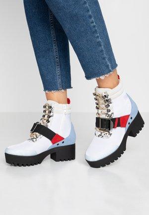 GRADY - Platform ankle boots - white/multicolor