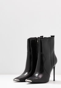 Steve Madden - TINA - High heeled ankle boots - black - 4