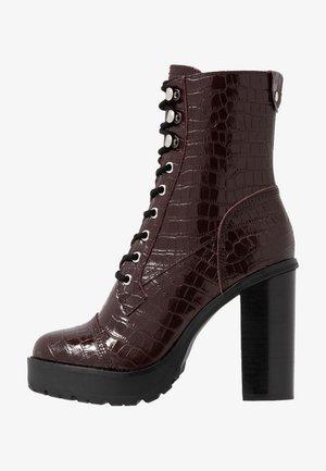 LISALOVE - Kotníková obuv na vysokém podpatku - burgundy