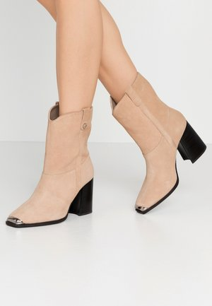EKKA - High heeled ankle boots - nude