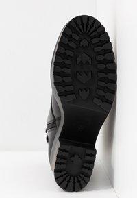Steve Madden - SAMANTHA - Platform ankle boots - black - 6