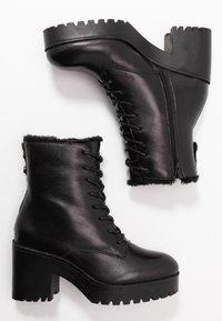 Steve Madden - SAMANTHA - Platform ankle boots - black - 3