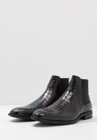 Steve Madden - GOALTER - Kotníkové boty - black - 2