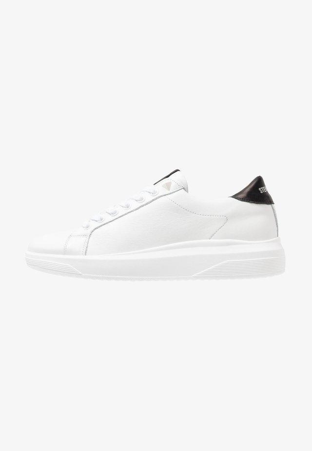 ALEX - Sneakers - white