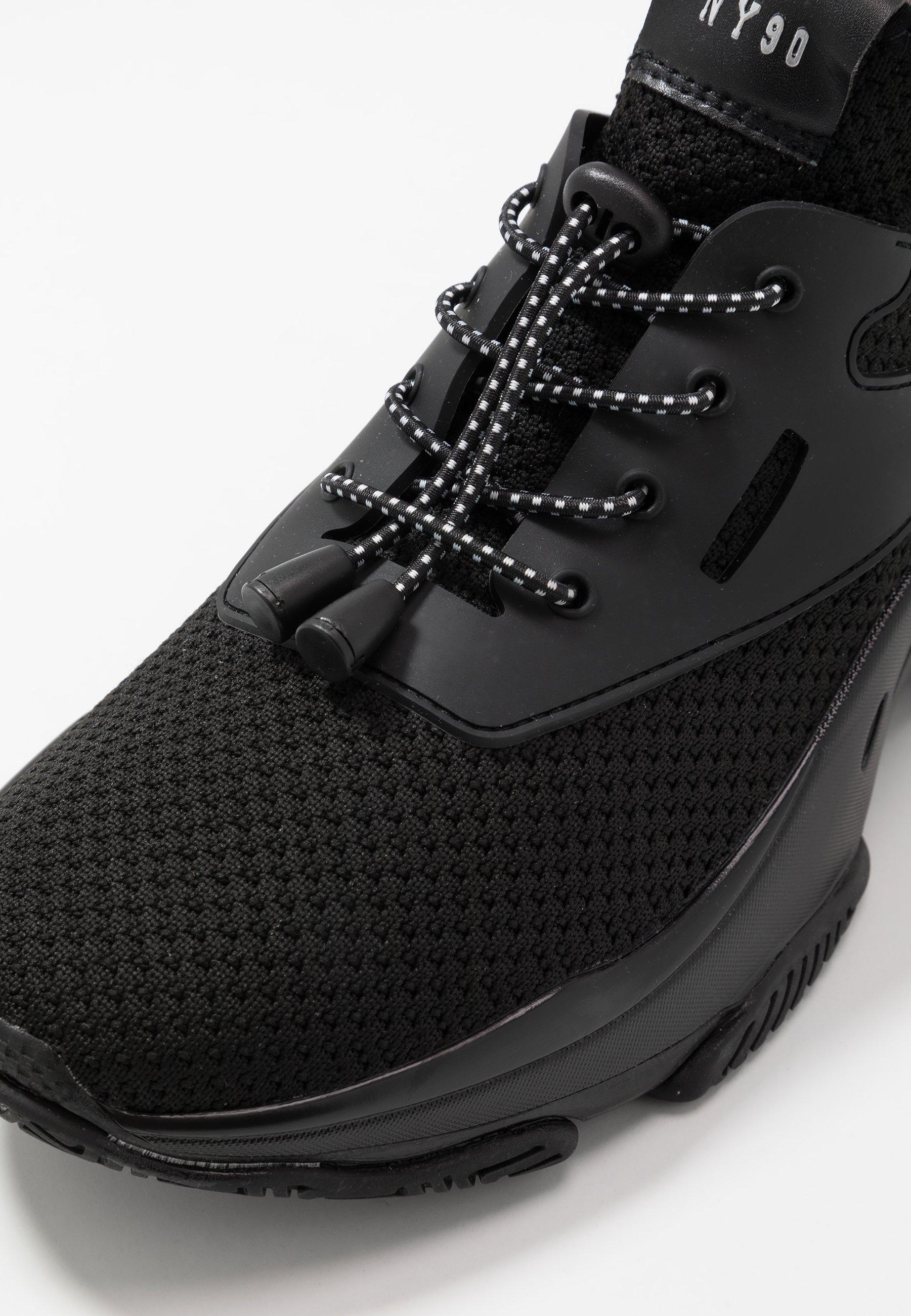 Steve Madden ISLES - Sneakersy niskie - black