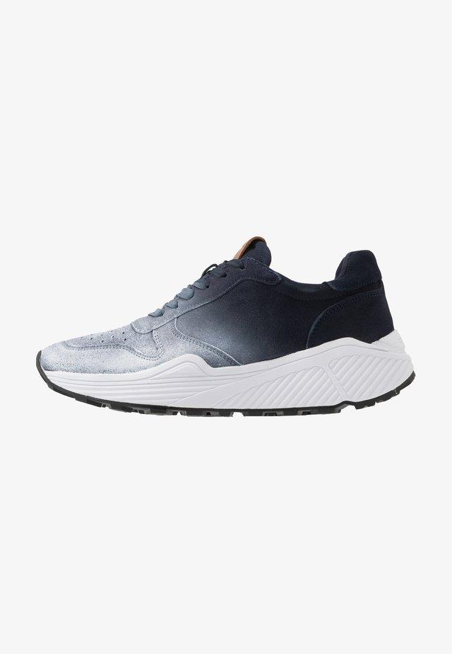 SARDAN - Sneakers - navy/multicolor