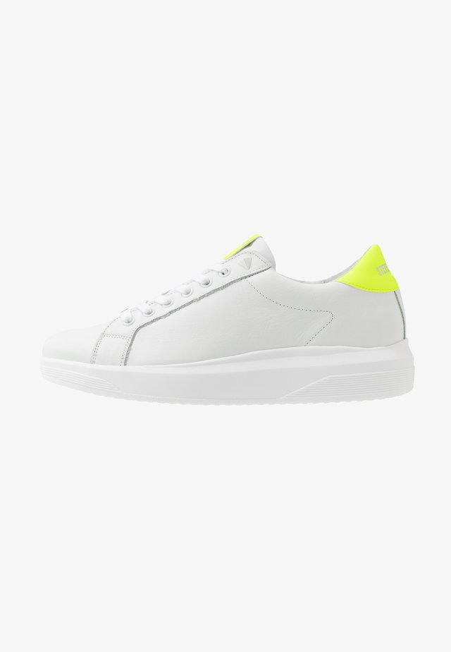 ALEX - Sneakers laag - white/yellow