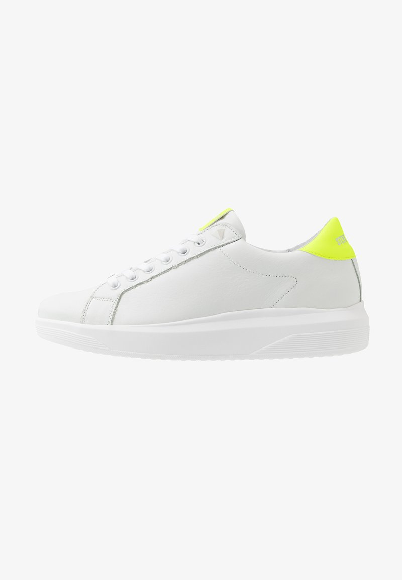 Steve Madden - ALEX - Trainers - white/yellow