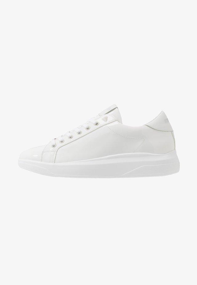 ALEX - Sneaker low - white