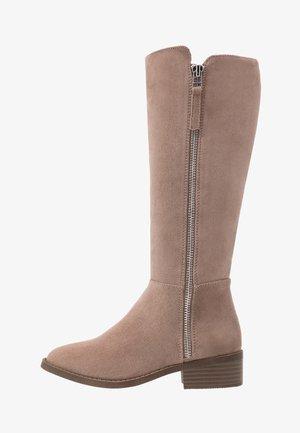 Vysoká obuv - taupe