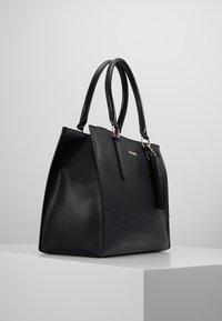 Steve Madden - BPIPPAAT - Handbag - black - 3