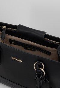 Steve Madden - BPIPPAAT - Handbag - black - 4