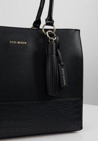 Steve Madden - BPIPPAAT - Handbag - black - 6