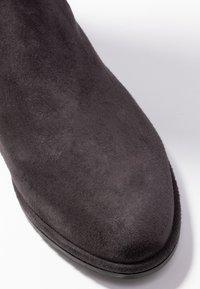Stuart Weitzman - LOWLAND - Over-the-knee boots - asphalt - 2