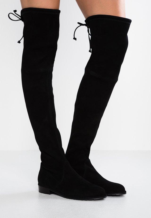 LOWLAND - Overkneeskor - black