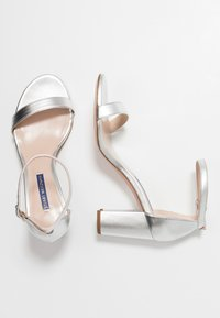 Stuart Weitzman - Sandals - metallic - 3