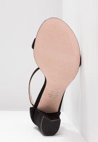 Stuart Weitzman - Sandals - black - 6
