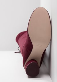 Stuart Weitzman - HELENA - Over-the-knee boots - cabernet - 6