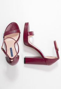 Stuart Weitzman - NEARLYNUDE - High heeled sandals - cranberry - 3