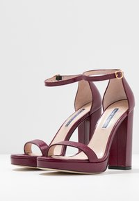 Stuart Weitzman - NEARLYNUDE - High heeled sandals - cranberry - 4