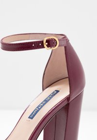 Stuart Weitzman - NEARLYNUDE - High heeled sandals - cranberry - 2