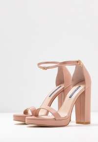 Stuart Weitzman - NEARLYNUDE - High heeled sandals - buff blush - 4