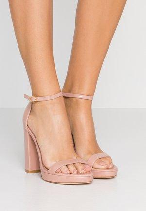NEARLYNUDE - Sandály na vysokém podpatku - buff blush