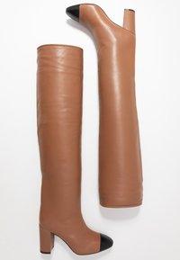 Stuart Weitzman - KIMBERLEY - Over-the-knee boots - cappucino/black - 3