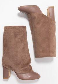 Stuart Weitzman - LUCINDA - High heeled boots - taupe - 3