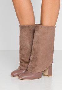Stuart Weitzman - LUCINDA - High heeled boots - taupe - 0