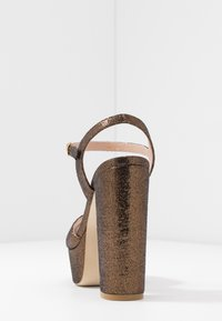 Stuart Weitzman - SOLIESSE - High heeled sandals - bronze - 5