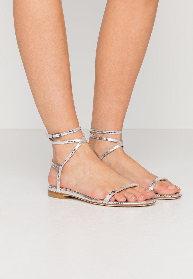 MERINDA FLAT - Sandals - silver