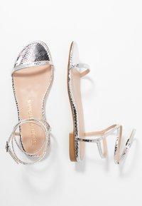 Stuart Weitzman - MERINDA FLAT - Sandals - silver - 3