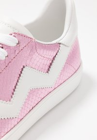 Stuart Weitzman - DARYL - Trainers - india pink - 2