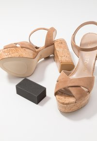 Stuart Weitzman - IVONA - High heeled sandals - tan/nature - 7