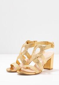 Stuart Weitzman - VICKY  - Sandals - gold - 4