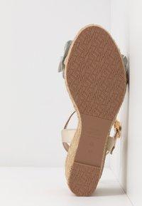Stuart Weitzman - YUNA - High heeled sandals - platino - 6
