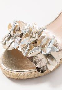 Stuart Weitzman - YUNA - High heeled sandals - platino - 2