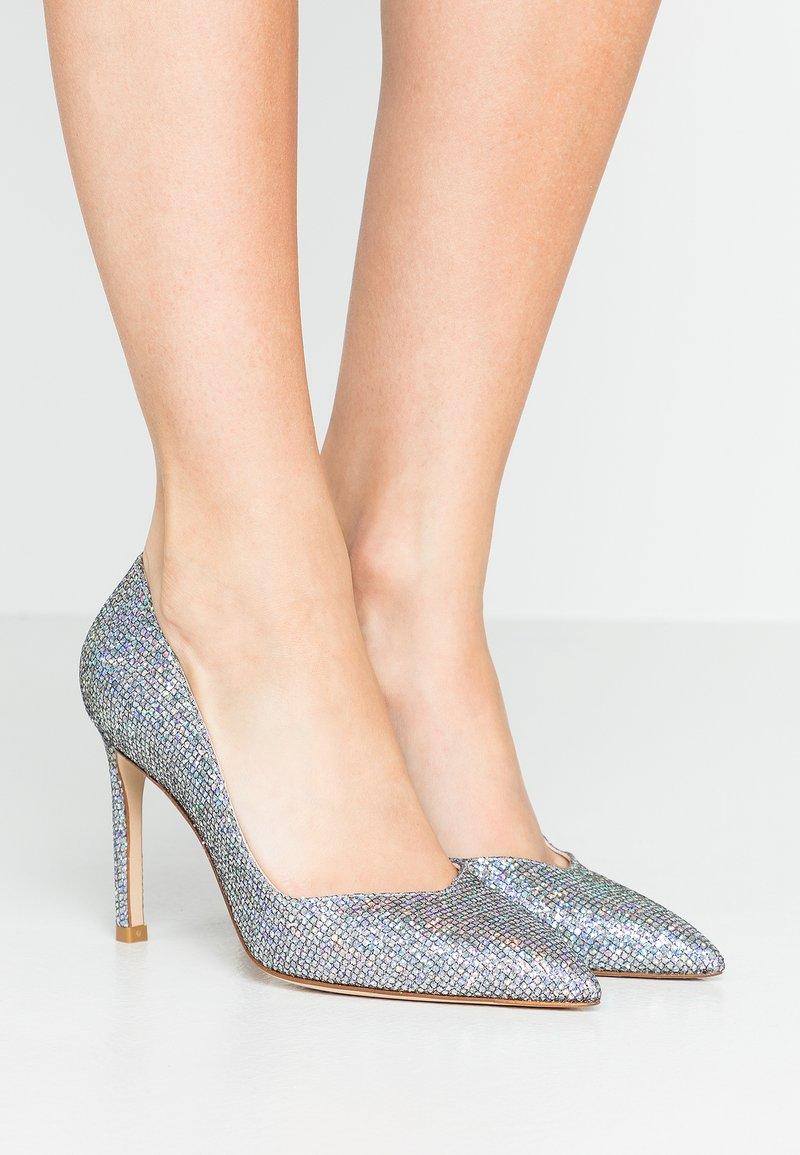 Stuart Weitzman - ANNY - High heels - aurora