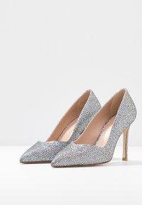 Stuart Weitzman - ANNY - High heels - aurora - 4