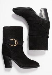 Stuart Weitzman - VIRGO - High heeled ankle boots - black - 3