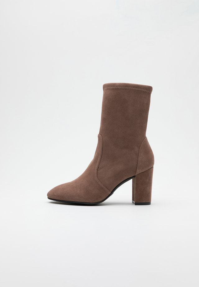 YULIANA  - Bottines - taupe