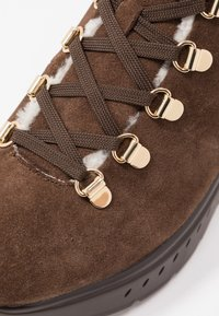 Stuart Weitzman - OCEANE - Lace-up ankle boots - coffee - 2