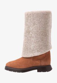 Stuart Weitzman - LUIZA CHILL - Stivali da neve  - cappuccino/natural - 1