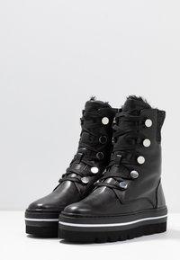 Steffen Schraut - HILL STREET - Kotníkové boty na platformě - black - 4