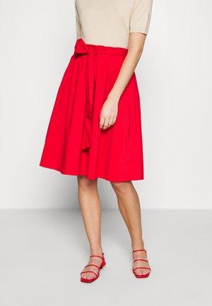 BENITA SKIRT - Áčková sukně - red lips