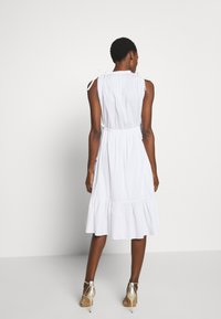 Steffen Schraut - EXCLUSIVE SLEEVELESS BLOUSE DRESS - Kjole - white - 2