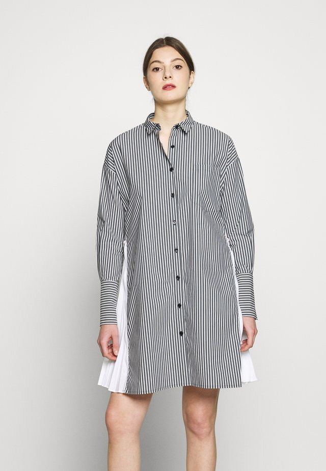 BRENDAS FASHIONISTA BLOUSE - Pouzdrové šaty - black stripe