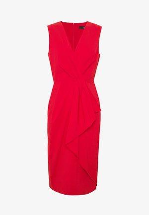 BENITA SUMMER DRESS - Pouzdrové šaty - red lips
